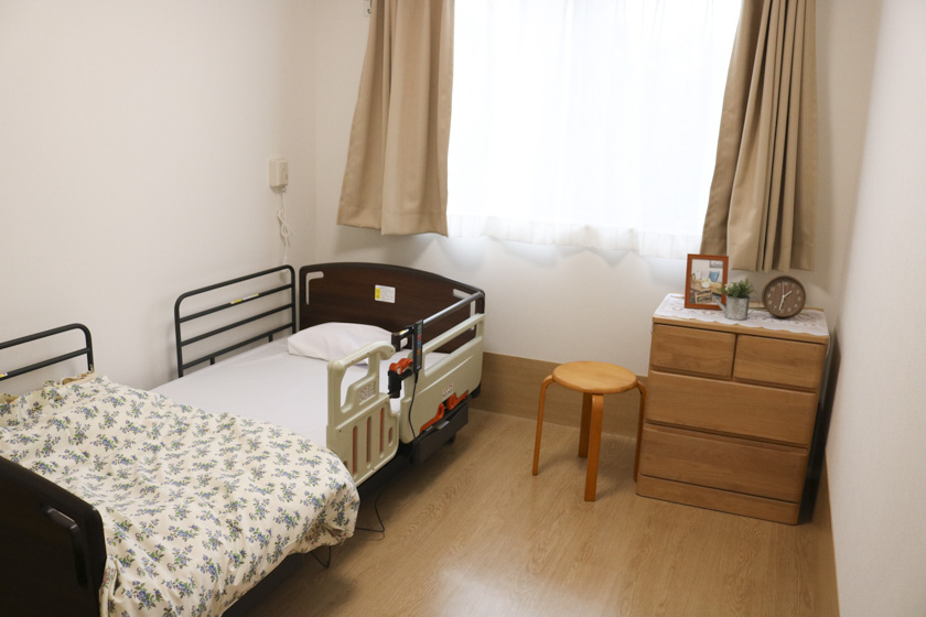 明石市の小規模多機能型居宅介護_ゆとり庵西舞子_洋室