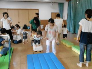 親子体操(子育て支援)をしました。