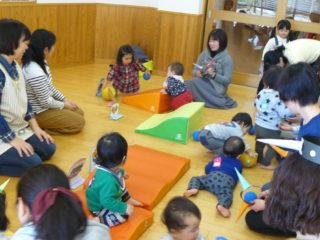 親子教室ルンルン(0歳児)コース