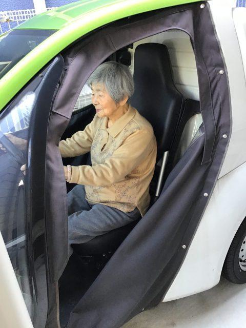 コムスン(電気自動車)初体験(^^)