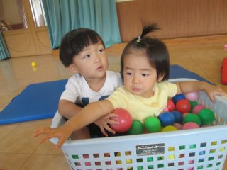 親子育脳ヨガ(1歳児以上)